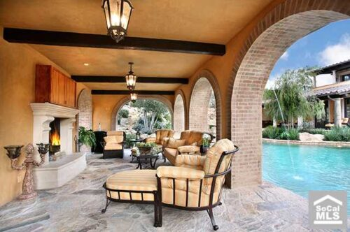 amazing patio with pool