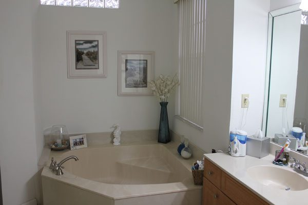 Bathroom Lighting Soft White Or Daylight soft white vs daylight light bulbs before and after