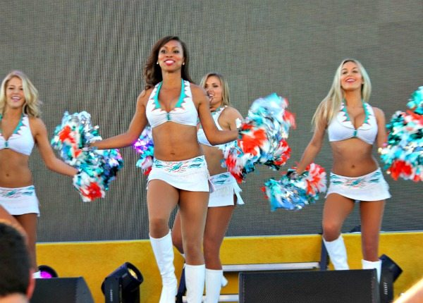 miami-dolphin-cheerleaders