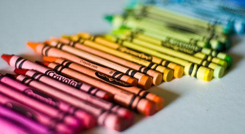 rolling_rainbow_crayons