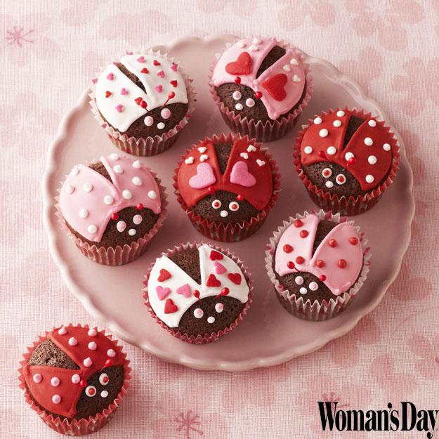 valentines day chocolate cupcakes lovebugs recipe, Ideas
