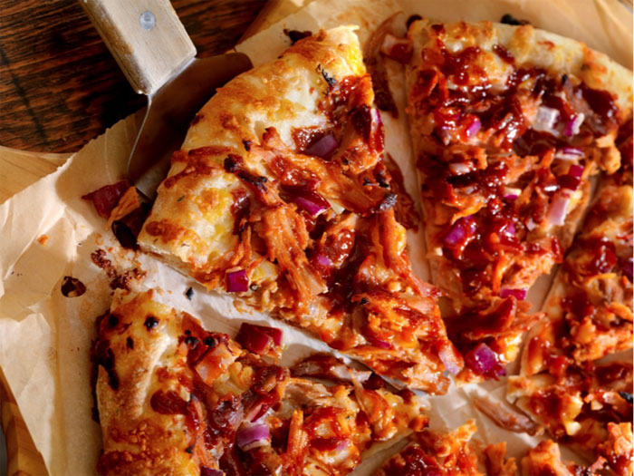 BBQ-Pulled-Pork-Pizza