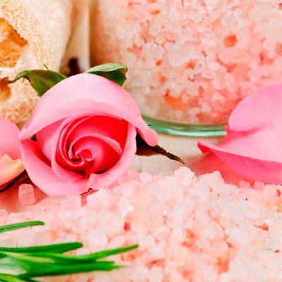 Benefits of Epsom Salt in Your Bath