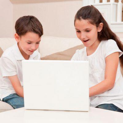 How Should Children Use Social Media Safely?