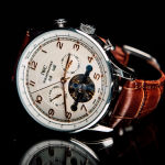 Luxury Watches are the Perfect Gift For Your Loved One