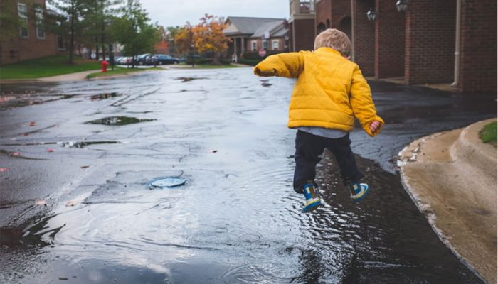 10 Things to Do With Your Kids on a Rainy Day